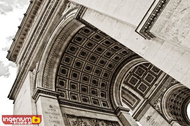 Hand made - Arc de Triomphe - Paris