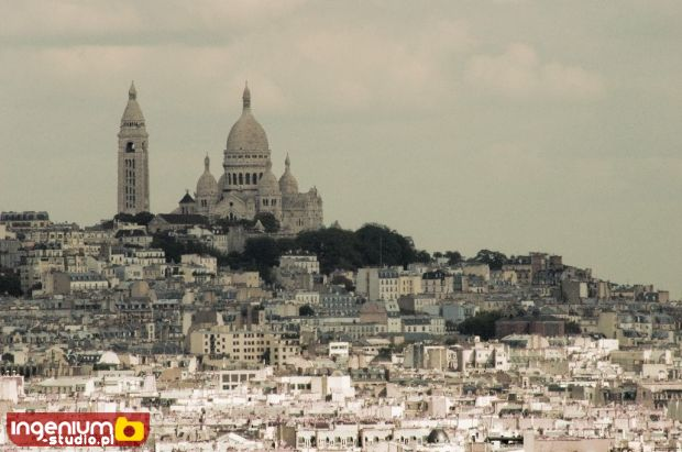 Temple on the hill - Paris